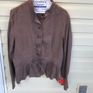 NWT Cute brown jacket with ruffle - Size XL